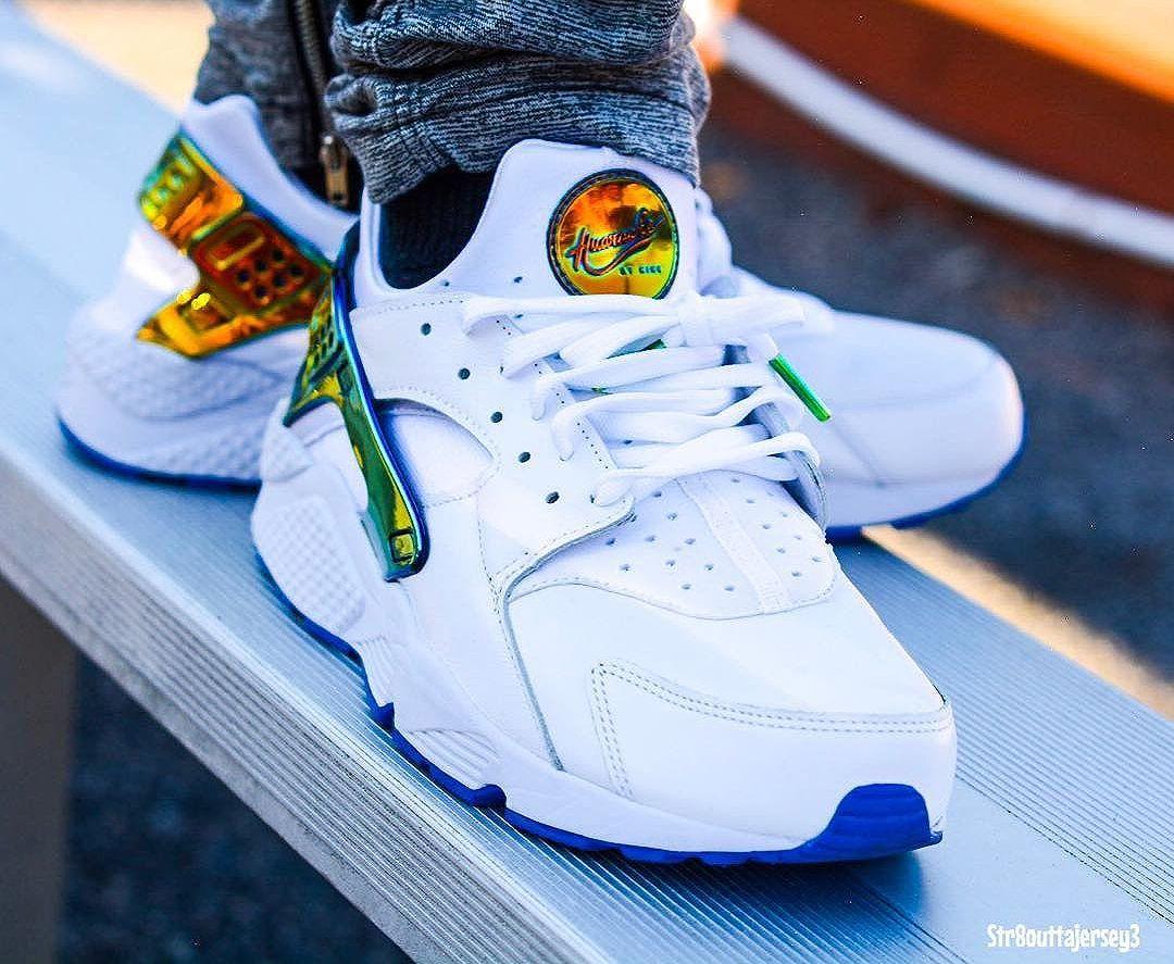best sneakers 44a60 1e82d Nice Kicks x Nike Air Huarache Premium  Lowrider