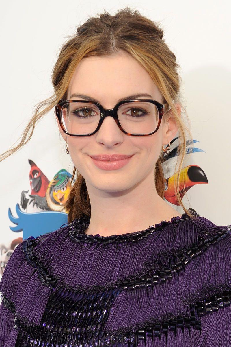 42ca47649e619 Las gafas graduadas de la temporada  Anne Hathaway facciones grande y  definidas gafas grandes rectangulares