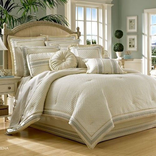 clearance j queen new york verbena king comforter set by j queen new york bedding the home. Black Bedroom Furniture Sets. Home Design Ideas