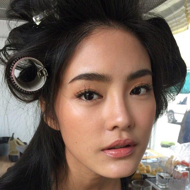 Effortless Basic Asian Look Asian Makeup Asian Eyebrows