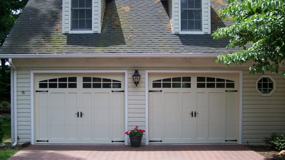 C H I Carriage House Overlay Model 5332a In Almond With Optional