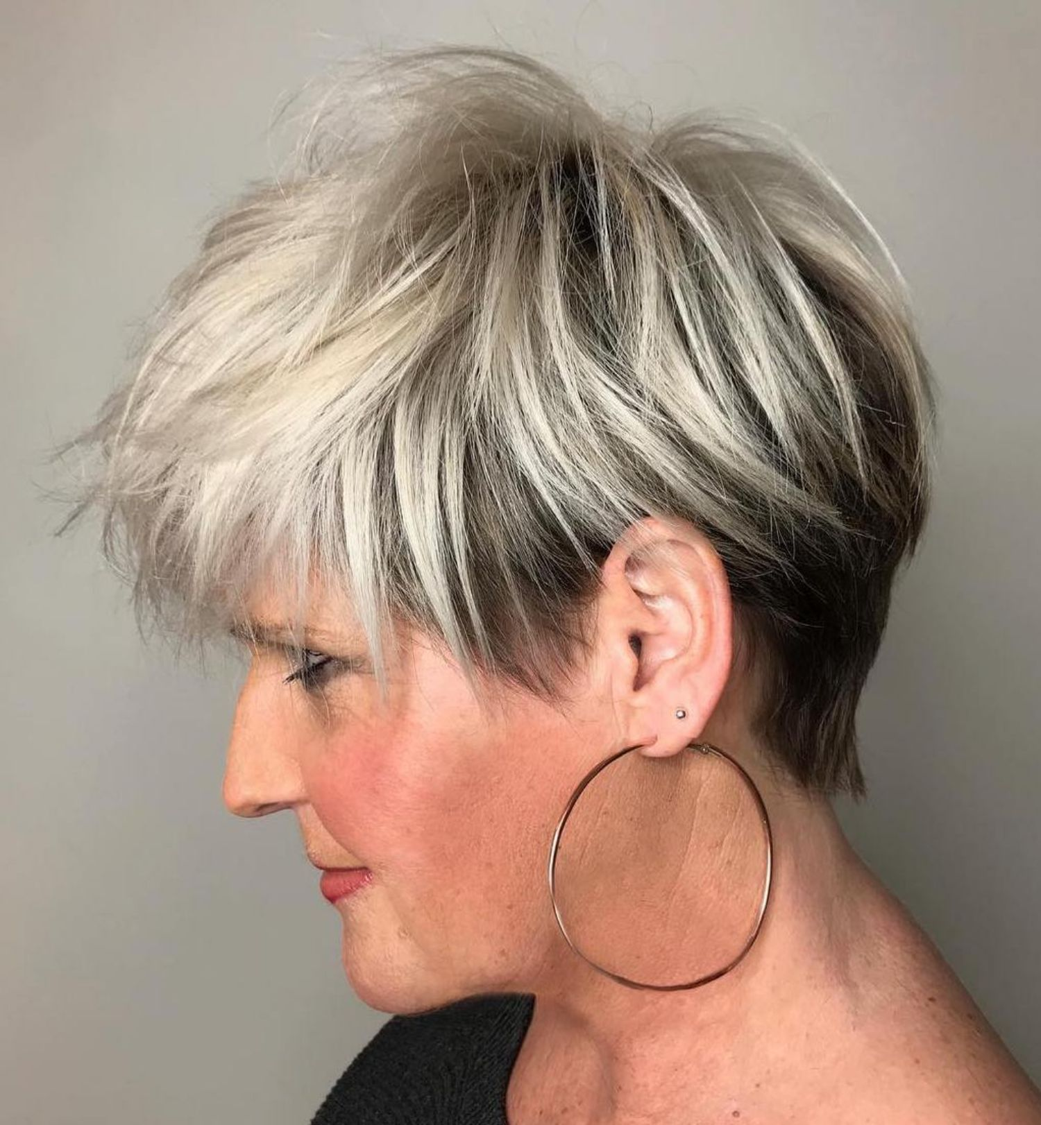 20 Charming Pixie Haircuts For Women Over 50 #charming