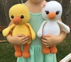 Amigurumi Duck - A Free Crochet Pattern -