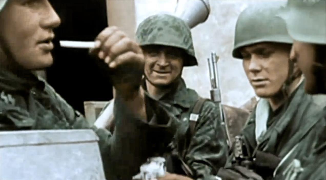 German soldiers resting: Waffen-SS and Fallschirmjäger ...