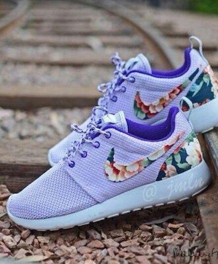 Lavender floral nikes | Nike free shoes