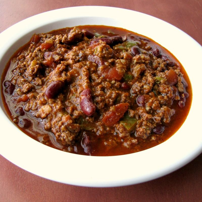 Instant Pot Pressure Cooker Spicy Chili Made With Ground Beef Kidney Beans Jalapenos And Sriracha Is An Easy Instant Pot Pressure Cooker Chili Recipe Perfec