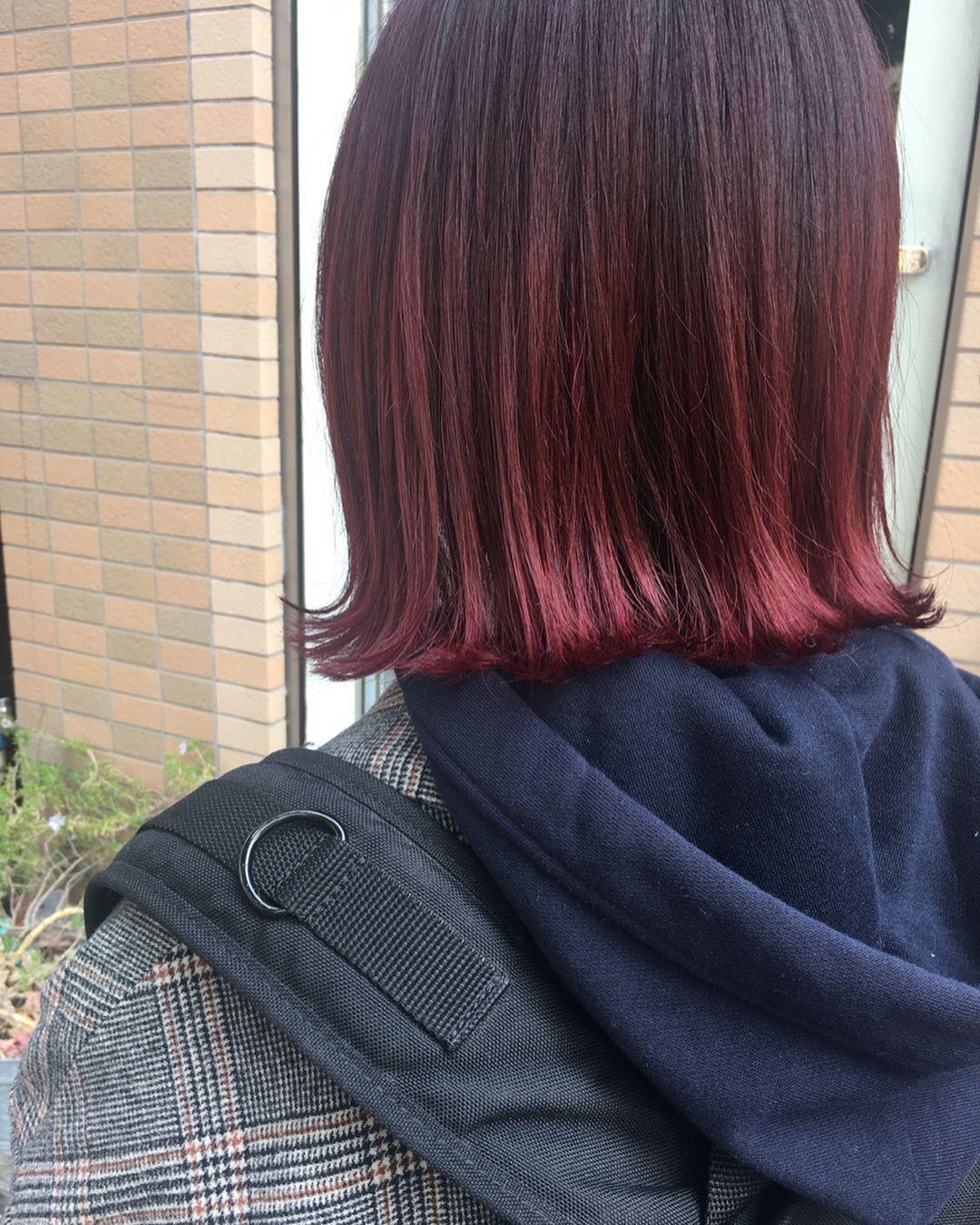 ベリーピンクヘアカラー8選 ダークチェリーとピンク系の暗めの髪色も