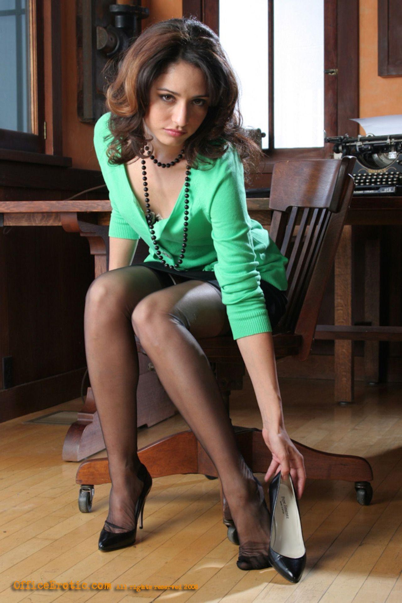 Pantyhose Feet Secretary 32