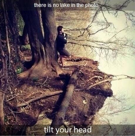 Photography. Lake Illusion. Tilt your head.