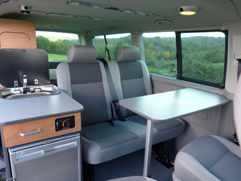 con u uniquement pour les vw t5 et t6 combi ou caravelle le kit south est tr s polyvalent van. Black Bedroom Furniture Sets. Home Design Ideas