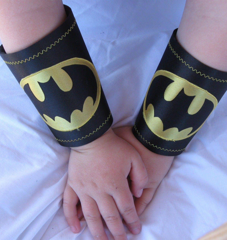 Pin De Angela Babiak Em Batman For Jeff