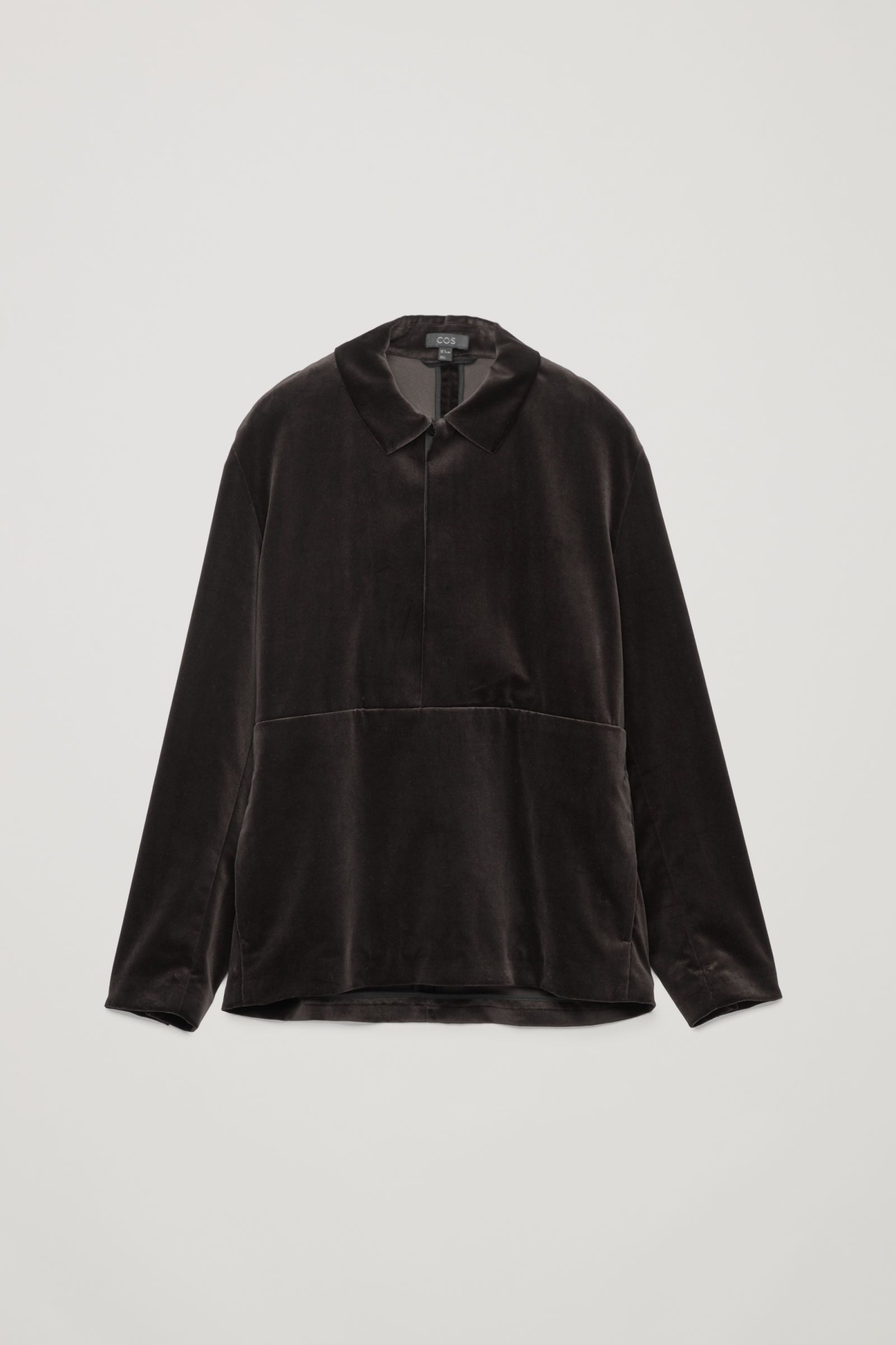 96fb3fc26d54 COS | Velvet pullover | Outfit Stuff in 2019 | Fashion, Shirt style ...