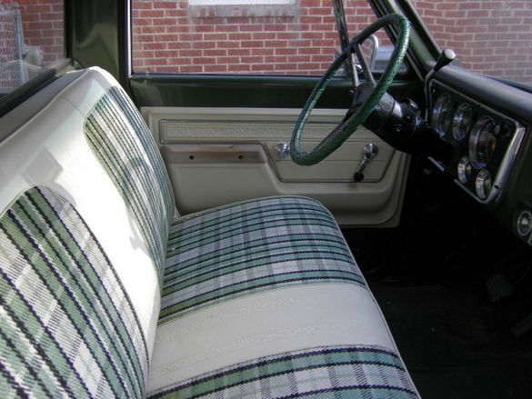 Olive Plaid Bench Upholstery The 1947 Present Chevrolet Gmc Truck Message Board Network Gmc Trucks Truck Interior Classic Chevy Trucks