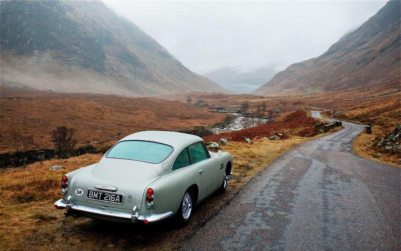 Bond James Bond Aston Martin Db5 Bond Cars Aston Martin