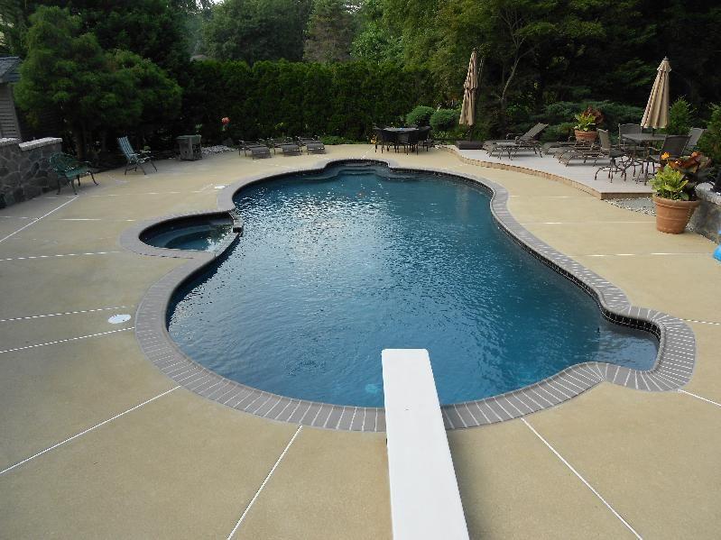 Shimmering Dark Bottom Pool Pool Pool House Outdoor