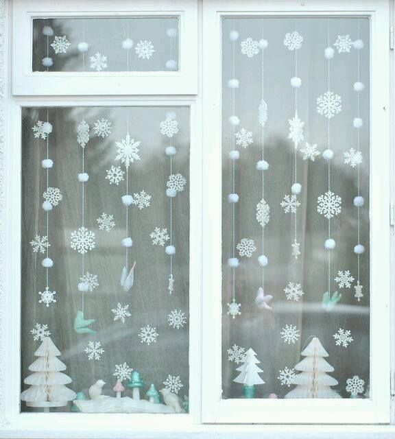 Pin By Eszter On Christmas Christmas Window Decorations
