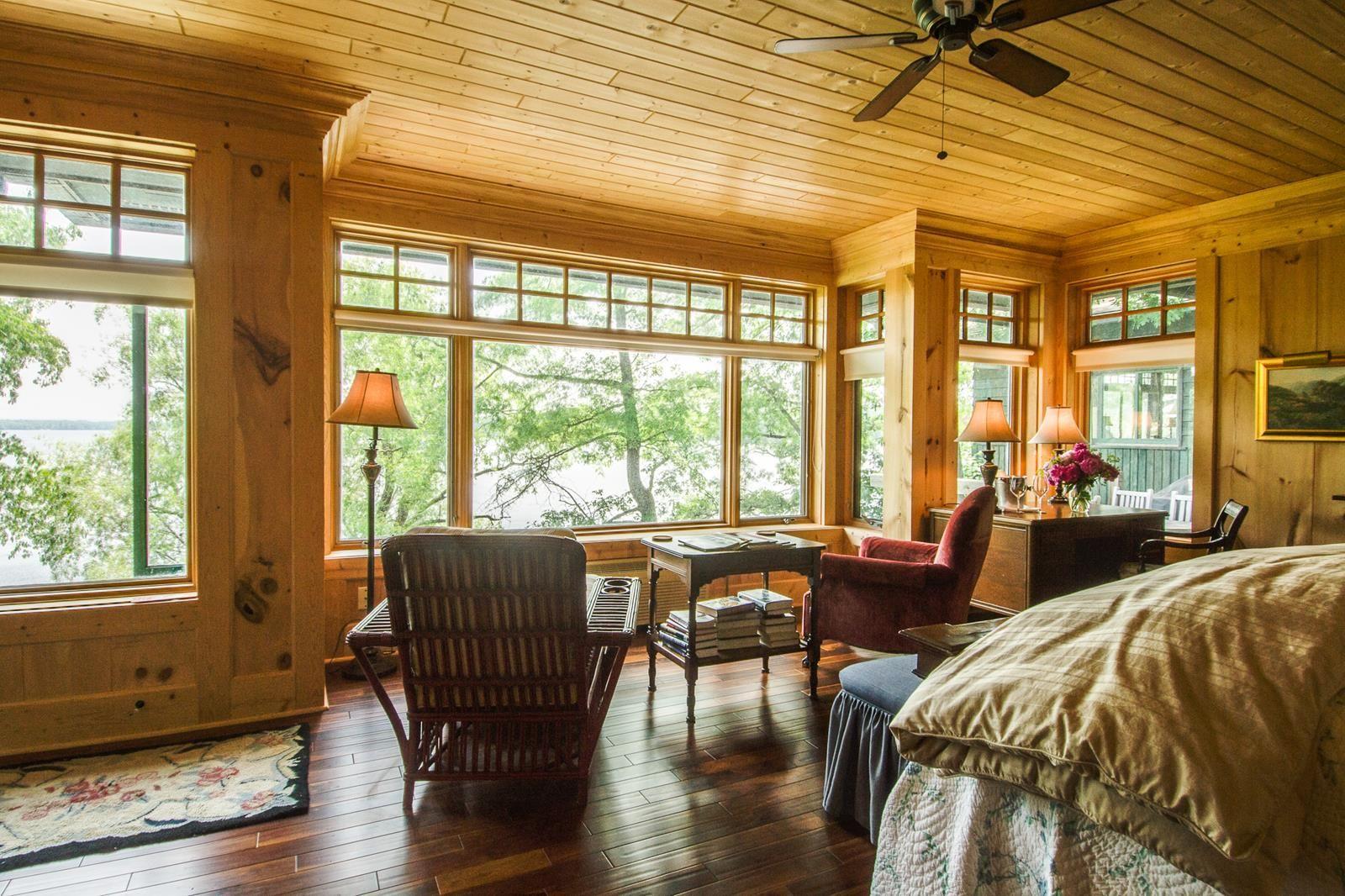Shore Lodge 1   Lodge, Lake lodge, Bed and breakfast inn