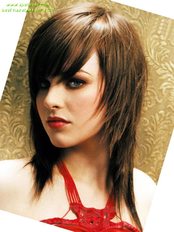 Best Hairstyles For Oval Faces 14 cute haircuts for oval faces Emo Hairstyles For Oval Faces Girls With Layered Side Bangs Best