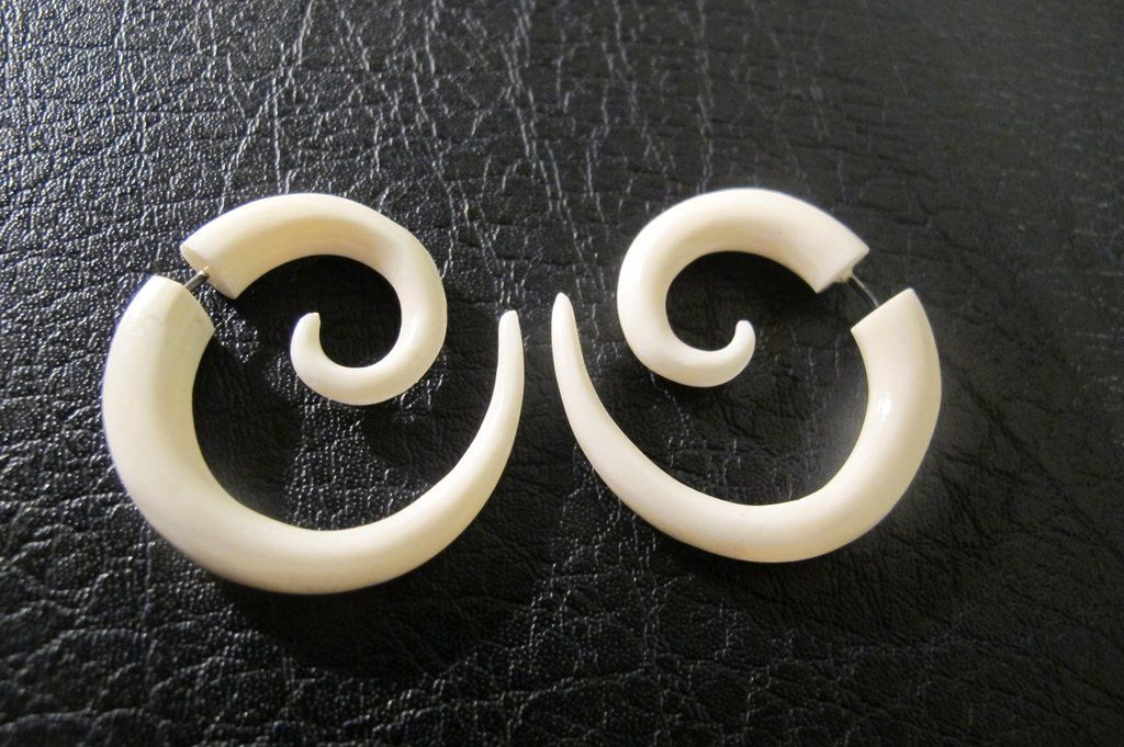 Fake Gauge Earrings Hand Carved Bone Small Spirals Faux Body Piercing Jewelry