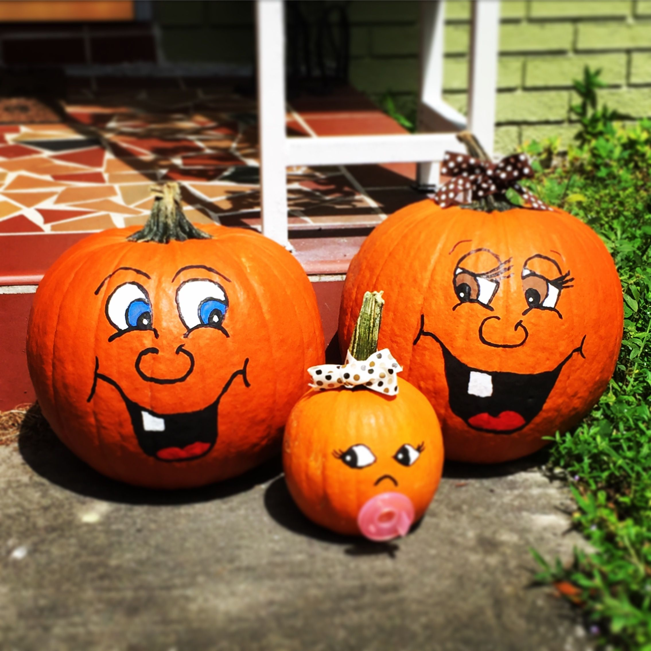 Little Pumpkin Family #pumpkinpaintingideascreative
