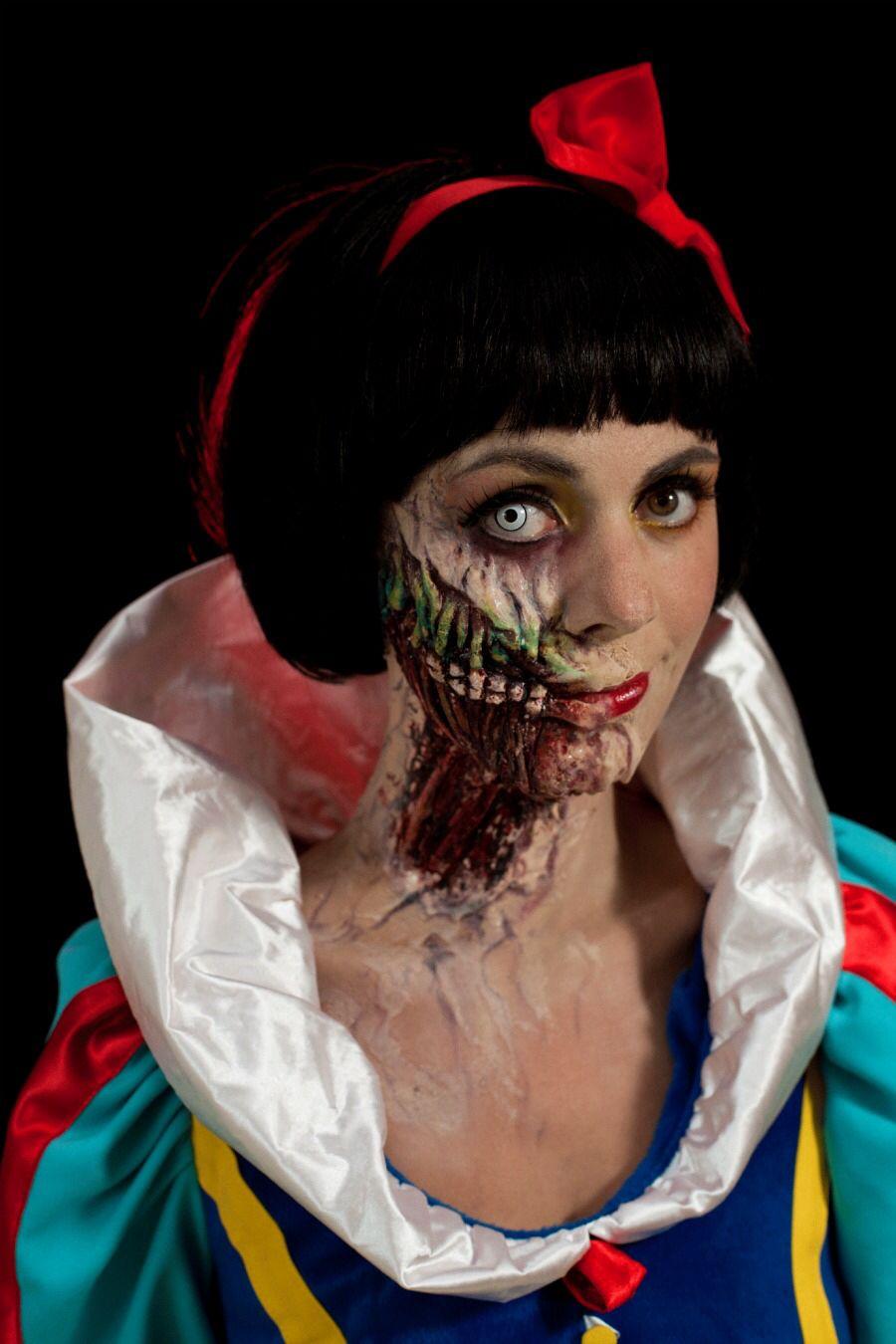 Halloween Snow white | Halloween party costumes, Original ...  Original Snow White Costume
