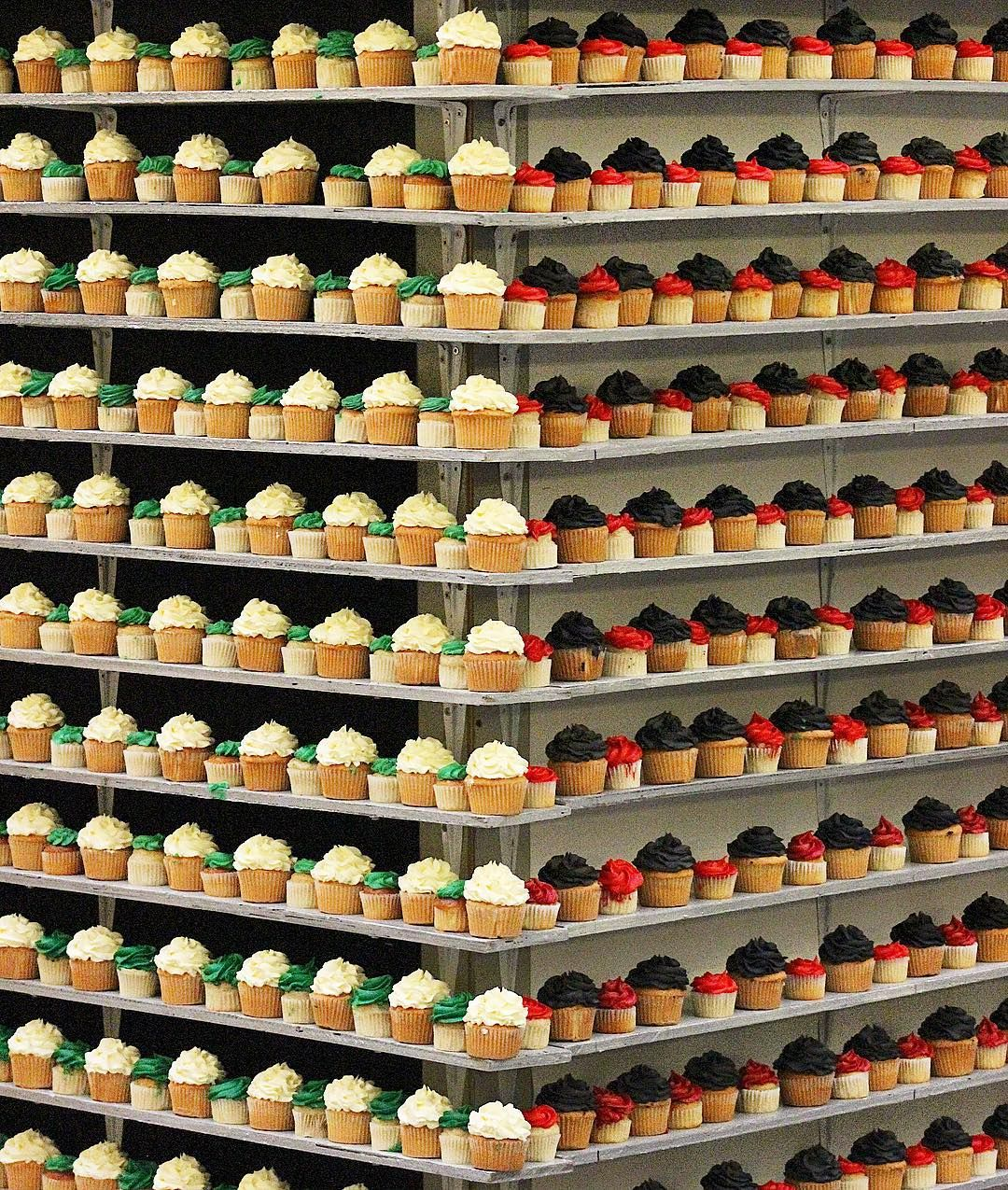 Did you guys witness the cupcake tower made by @sugaholicbakeshop & @ribbonsandballoonsbakery at @wafi_mall today?! It was a grand affair as they tried to break the Guinness world record by creating a 8m long tower of 8000 cupcakes!!! How satisfying is it to see so many cupcakes symmetrically stacked #worldrecord #cupcakes #dessert #cake #tower #UAE #friday #weekend #chocolate #flag #beautiful #cute #cupcake  #instalike #instadubai #burjkabkyk #dubaifood #lovefood #foodies #food #foodgasm…