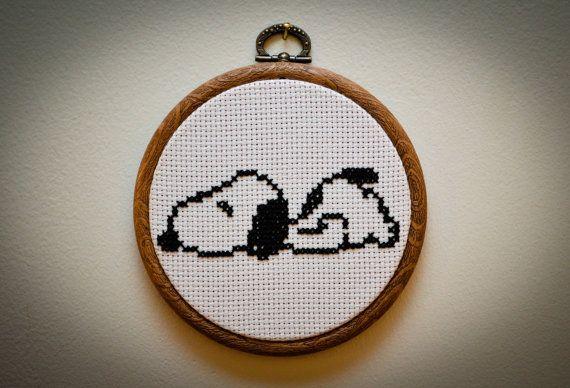 Muster: Snoopy Cross Stitch von SeizeTheStitch auf Etsy