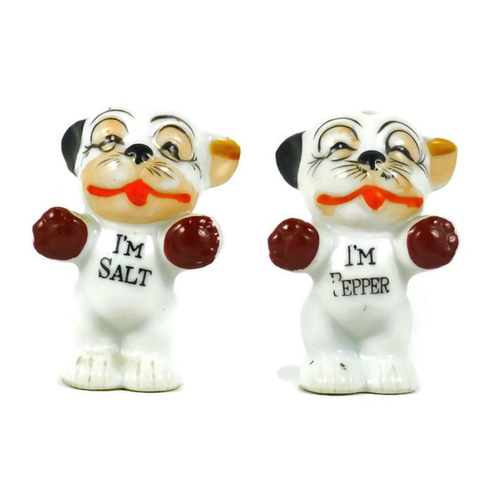 High Quality Vintage Pre Owned Decorative Collectible Porcelain Novelty Salt And Pepper  Shaker Set. Cats Or