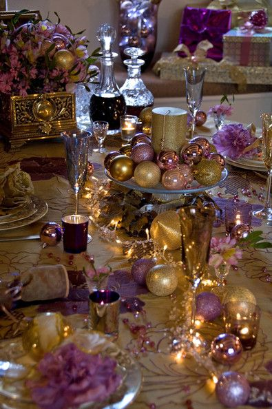 Gold Pink Purple Accents For The Holiday A Beautiful Table Purple Christmas Decorations Purple Christmas Christmas Table Decorations