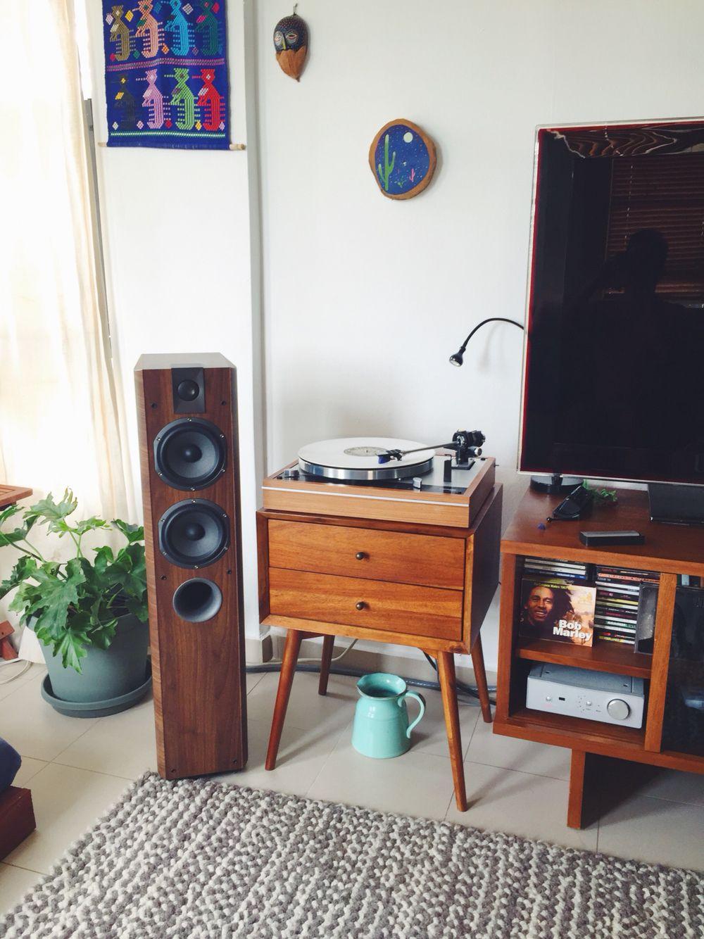 Thorens TD 160 turntable Focal Chorus 714 Rega Brio r Hifi stereo