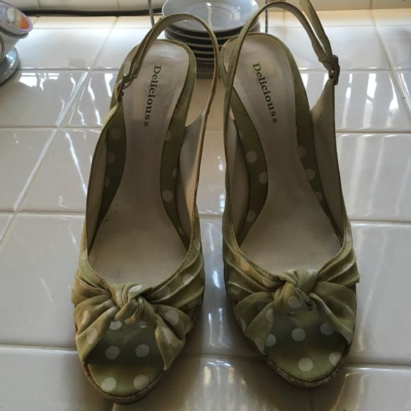 Light green with white size 6 high heels Light green with white size 6 high heels Delicious brand from Charlotte Russe store.  In good condition Charlotte Russe Shoes Heels