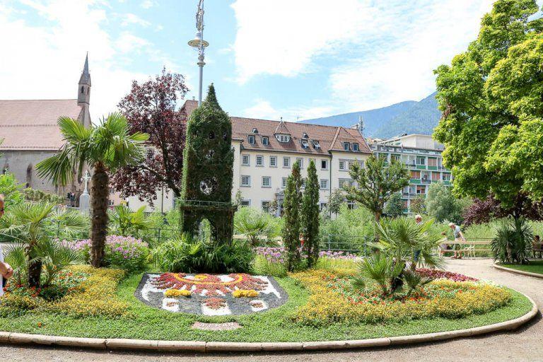 Meran Tipps Fur Einen Besuch Der Altstadt Und Der Garten Trauttmansdorff In 2020 Meran Altstadt Garten