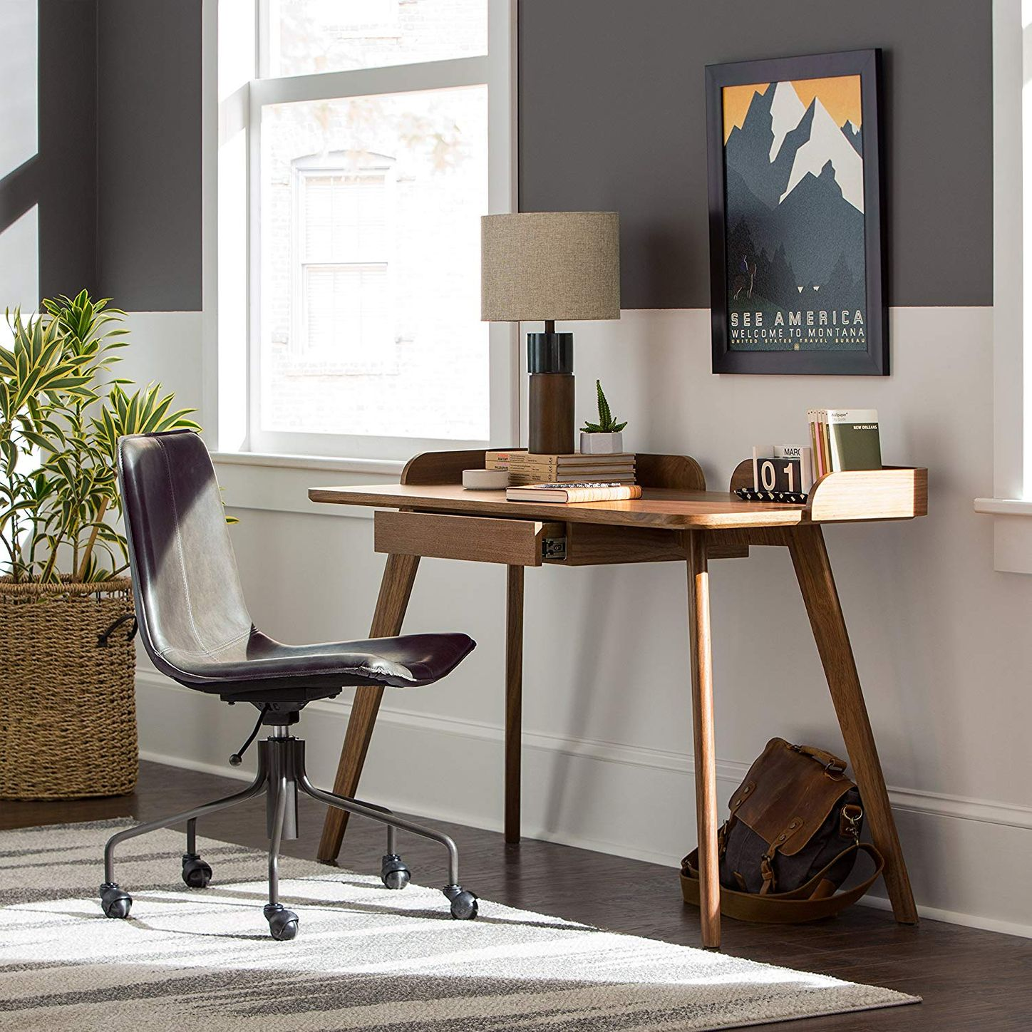 29 Cheap (But ExpensiveLooking) Desks You Can Buy on