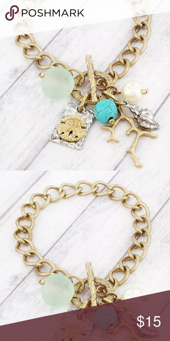 Worn Goldtone Sand Dollar Cluster Bracelet Fun beach