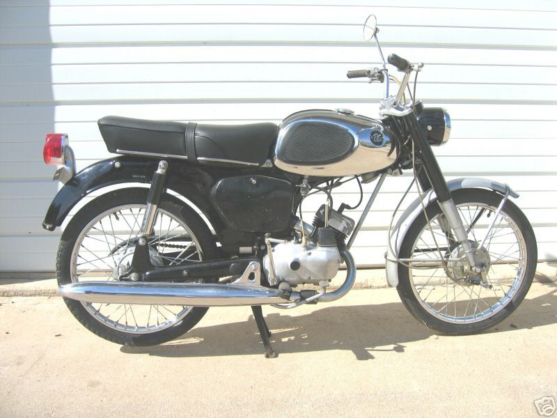 My First Motorcycle Was A Bridgestone 50cc Anyone Know Of One For Sale Would Love To Rebuild To Classic Status Classic Bikes Classic Motorcycles Bridgestone