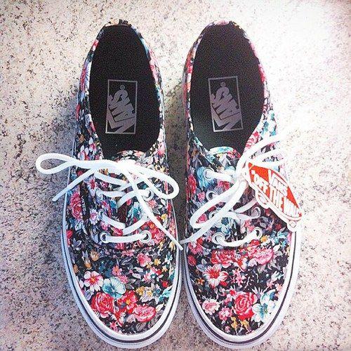 VANS OFF THE WALL | Floral shoes, Vans