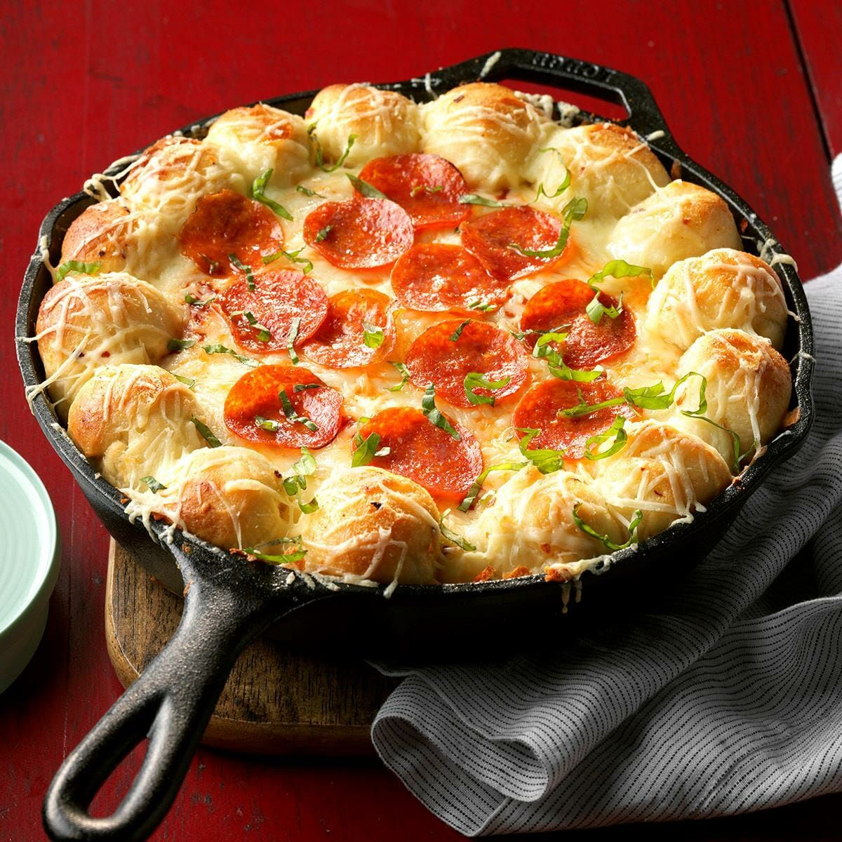 Küche design pics cheesy skillet pizza dip  recipe in   appetizers  pinterest