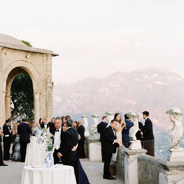 Villa Cimbrone, Ravello Italy wedding with cocktail hour ...