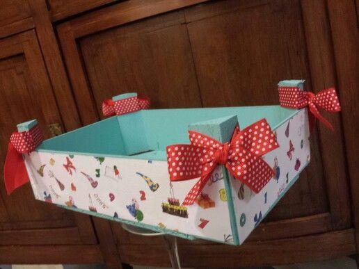 Caja fresas cajas ideas pinterest cajas cajas de - Manualidades con cajas de frutas ...