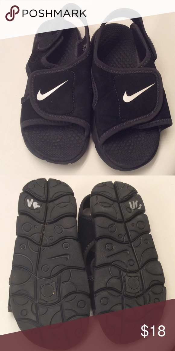 c816fb8462cf9b Toddler Nike sandals EUC neoprene type fabric. Adjustable top and heel  straps. Price firm. Nike Shoes Sandals   Flip Flops