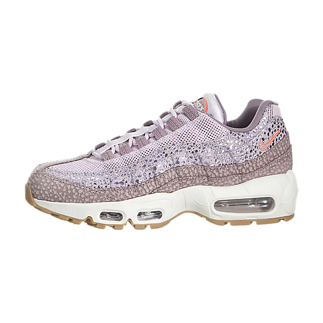 Trendy Ideas For Women's Sneakers : Nike Air Max 95 PRM: 'Bleached Lilac,  Purple Smoke'.