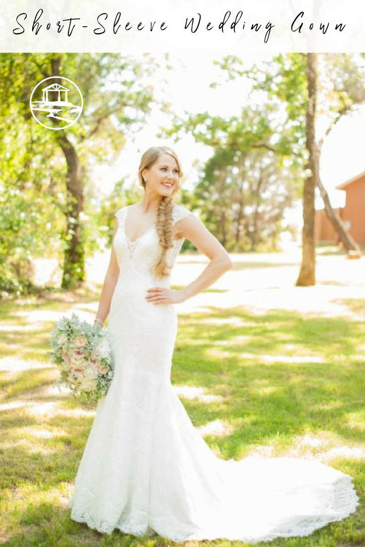 Gorgeous Lace Short Sleeve Wedding Dress Love How Naturally This Gown Falls