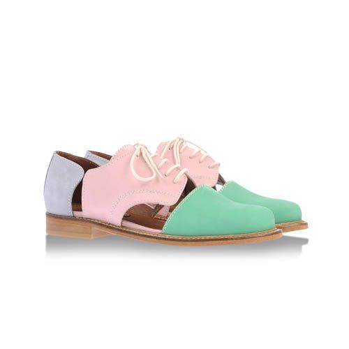 Leather cut-out brogues in pastel pink, green and purple by Minimarket.