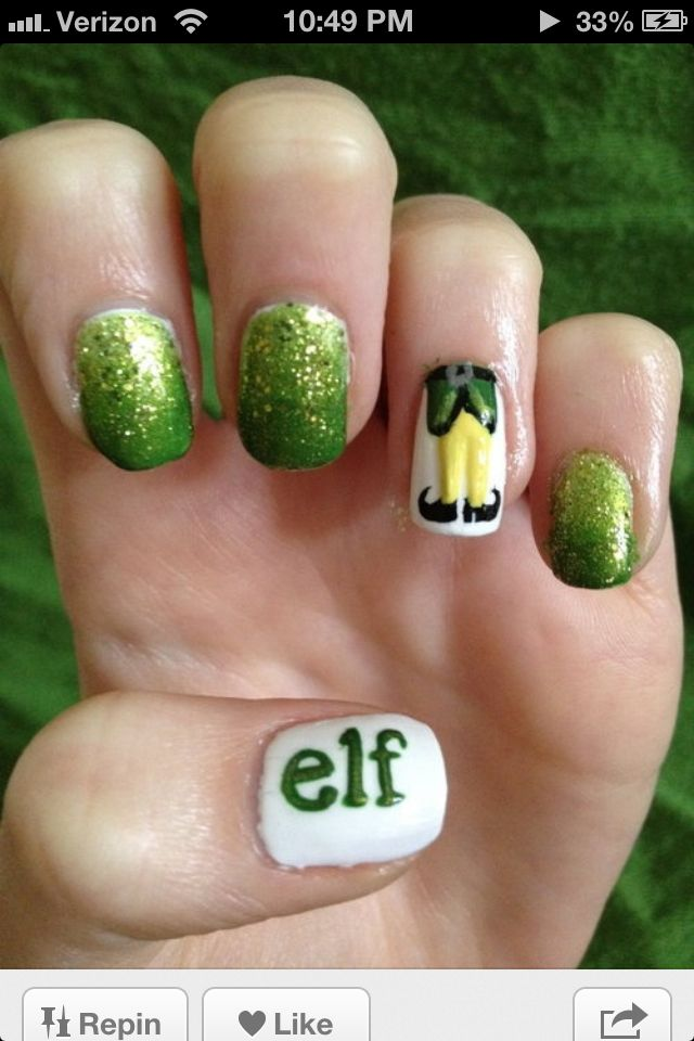 Adorable elf nails...I could totally do tis