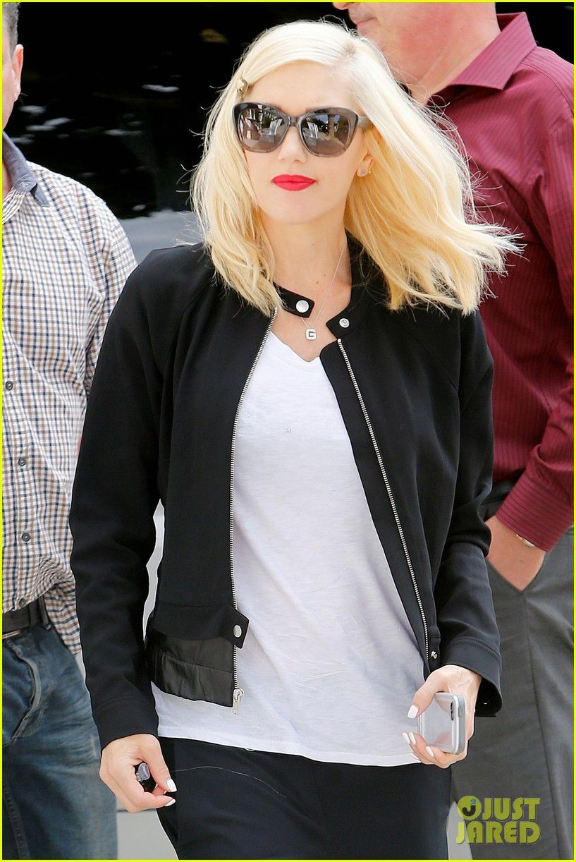 30c1d8db9f Gwen Stefani wearing Oliver Peoples - Emmy in faded dusk via  justjared