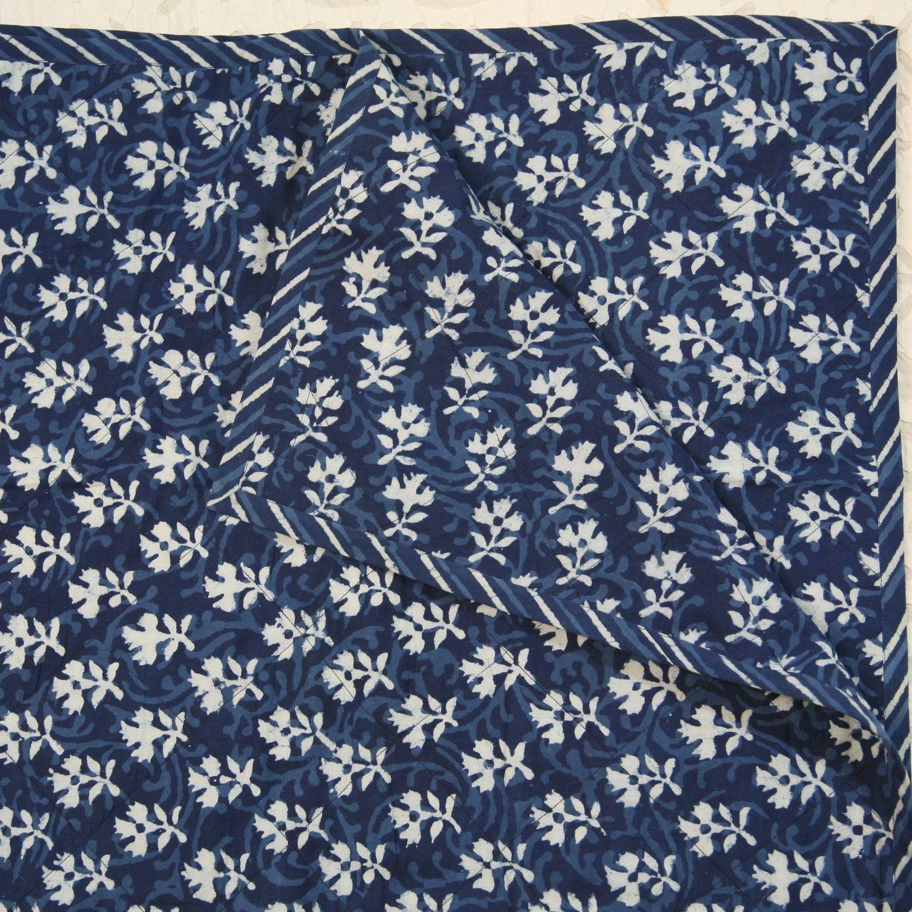 indigo blue vine flower Design Hand Block 100/% Cotton Printed Dabu Print Fabric