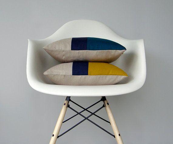 CUSTOM Color Block Pillow (Set of 2) | Original 12x16 Design by JillianReneDecor | Modern Home Decor | Mustard Yellow | Teal | Colorblock op Etsy, 91,08€