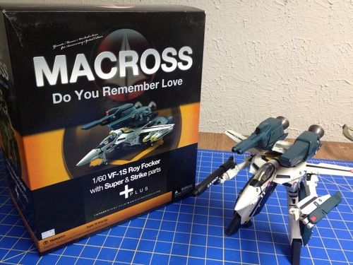 Yamato Macross VF-1S Focker With Strike And Super Parts