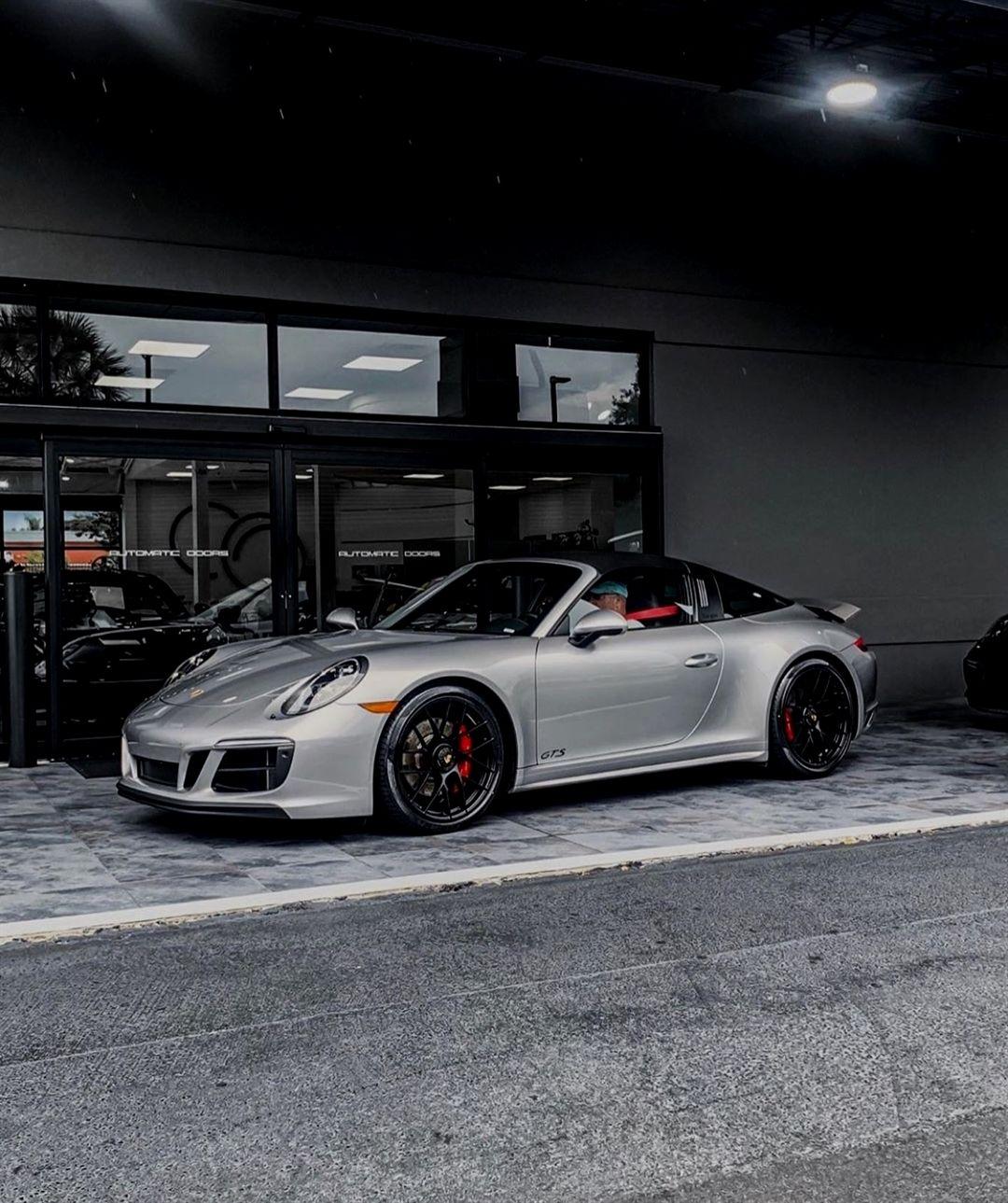 Gefällt 1,020 Mal, 5 Kommentare We Love Porsche