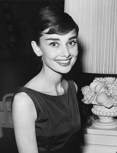 Audrey Hepburn Audrey Hepburn In 2018 Pinterest Frisuren